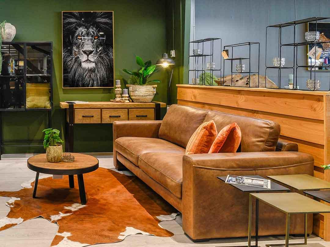 Sidetable, Schilderijen, Deco-zaken, Lampen, Hal meubel, Hal kastje